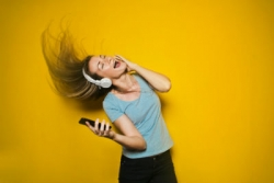 The Science Behind Why Music Makes You Move Your Body